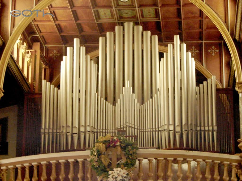 http://www.iglesianavarra.org/wp-content/uploads/2012/10/organo.jpg